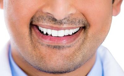 Veneers Versus Implants: Choosing the Right Tooth Replacement Solution for You
